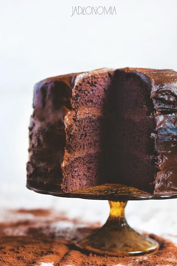 Rozpustne ciasto czekoladowe » Jadłonomia · wegańskie