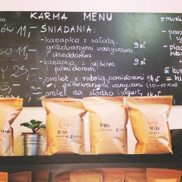 Kawy i wybór pysznych śniadań
