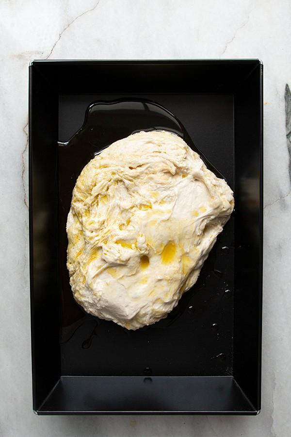 ciasto po nocy w lodówce